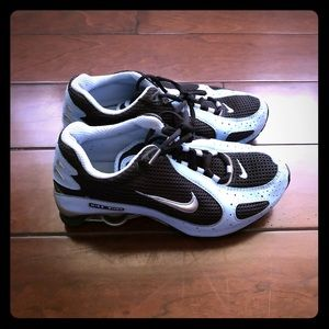 Nike shox baby blue and black